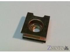 Скоба 6 мм под болт для пластика 1 шт