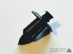 Пистон 8 мм для пластика мотоцикла 1 шт